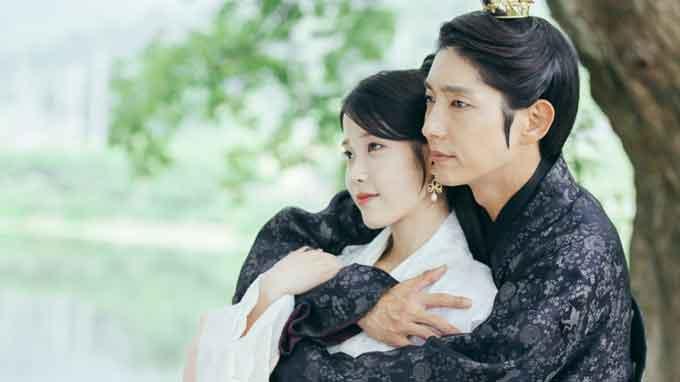IU(アイユー)とイジュンギ韓国ドラマレイの画像